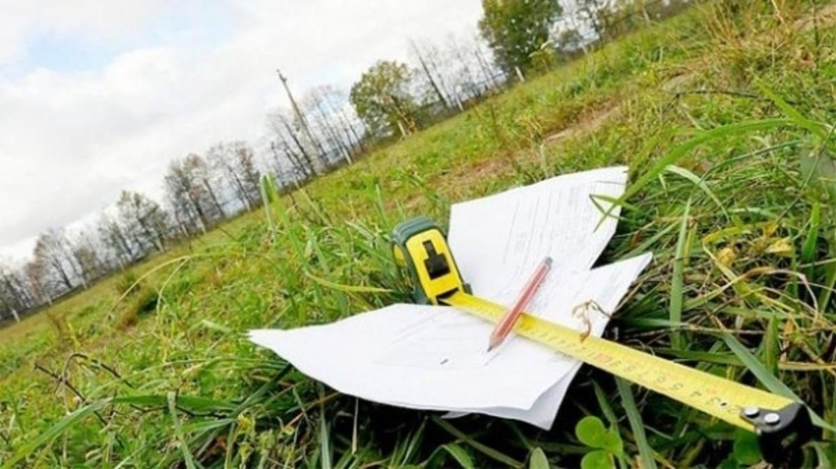 На Тисмениччині підприємство незаконно заволоділо землею вартістю близько 5 мільйонів